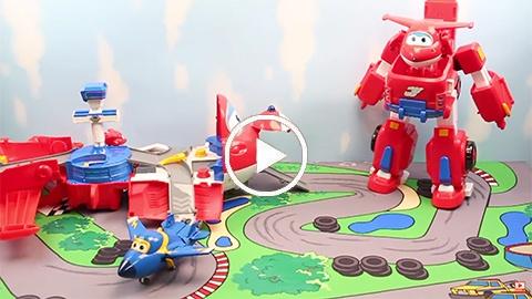 Jett transformable en robot, Torre Maletín